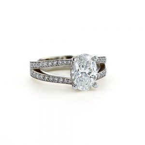 Oval Diamond Split Shank Ring
