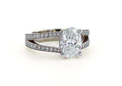 Oval Diamond Split Shank Ring