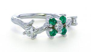 Vine Ring w Emeralds